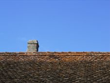 Free Roof And Chimney Stock Photo - 17428230