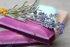Free Handmade Lavender Soap Bars And Lavender Stock Images - 17430004
