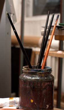 Free Paintbrushes In Bank Royalty Free Stock Photography - 17430987