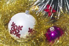 Free Christmas Balls Stock Images - 17431554