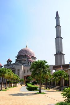 Free Mosque Royalty Free Stock Photography - 17433917