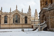 Free Entrance To The Radcliffe Camera Royalty Free Stock Image - 17433996