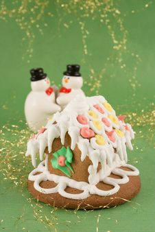 Free Traditional Christmas Gingerbread House Royalty Free Stock Photography - 17439007