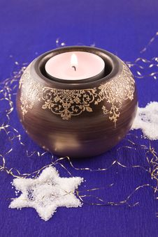 Free Christmas Candle With White Star Royalty Free Stock Images - 17439059