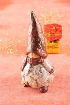 Free Christmas Gnome With Gifts Stock Image - 17439101