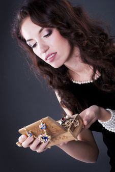 Free Brunette Woman Royalty Free Stock Photo - 17440035