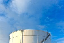 Free White Tanks In Tank Farm With Snow In Winter Stock Photography - 17450342