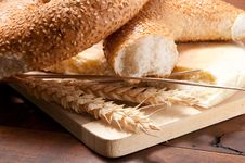 Free Traditional Bread Royalty Free Stock Photo - 17454385