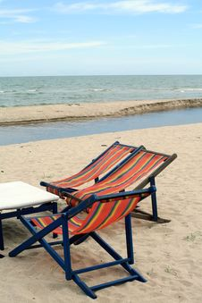 Free Beach Chairs Royalty Free Stock Images - 17455229