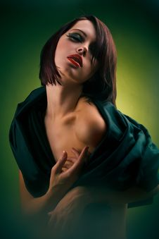 Free Female In Folds Of Dark Cloth On Green Royalty Free Stock Photos - 17455398