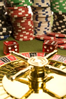 Free Casino Dice Royalty Free Stock Images - 17458159