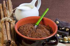 Free Nougat Chocolate, Cocoa Powder, Milk And Cinnamon Royalty Free Stock Photo - 17459255