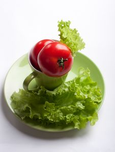 Free Tomato And Lettuce In A Mug Stock Photo - 17459380