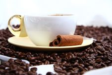 Free Cup Of Coffee Royalty Free Stock Photography - 17459417
