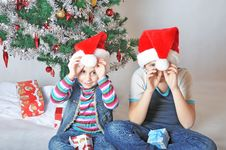 Kids With Santa Hats Royalty Free Stock Photos