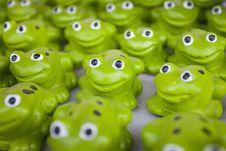 Free Ceramic Frog Royalty Free Stock Photo - 17467695