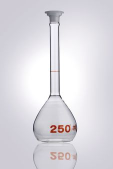 Free Chemistry Recipient In A Laboratory Ambiance Royalty Free Stock Image - 17471506