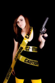Free Gun Yellow Caution Serious Royalty Free Stock Photography - 17472407