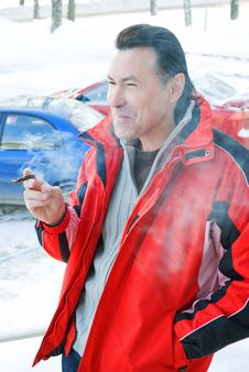Free Smoking Delivers The Smoker A Pleasure. Stock Photography - 17477342