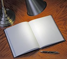Free Blank Notebook Royalty Free Stock Photography - 17478437