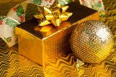 Free Christmas Decoration Ball Stock Photography - 17481542
