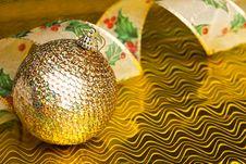 Free Christmas Decoration Ball Stock Photo - 17481660