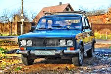 Free Russian Old Car In HDR Royalty Free Stock Photography - 17487137