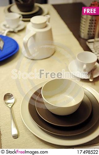 Free Dining Set Stock Photography - 17498522