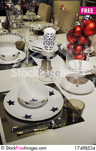 Free Dining Set Stock Images - 17498534