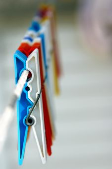 Free Colorful Clothespins On A String Stock Photo - 17494010