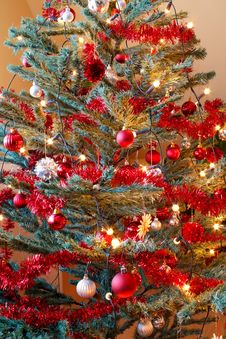 Free Christmas Decoration On Tree With Light Royalty Free Stock Photos - 17495388