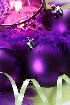 Free Christmas Bauble Royalty Free Stock Photography - 17497087