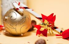 Free Christmas Tree Decorations And Ornaments Stock Photos - 17498393