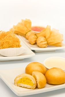 Free Fried Food In  Dim Sum Restaurant Royalty Free Stock Photo - 17499725