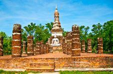 Free The Buddha Status Of Sukkothai Historical Park Royalty Free Stock Image - 17499856