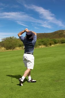 Free Golfer On The Fairway. Royalty Free Stock Photography - 1750797
