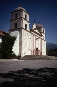 Free Santa Barbara Church Royalty Free Stock Images - 1753039