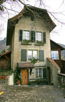 Free Old Swiss House 4 Royalty Free Stock Photography - 1756107