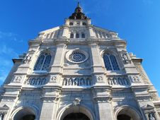 Free Quebec Cathedral Royalty Free Stock Photos - 1758758