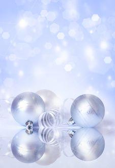 Free Three White Spheres And Streamer Stock Photo - 17500860