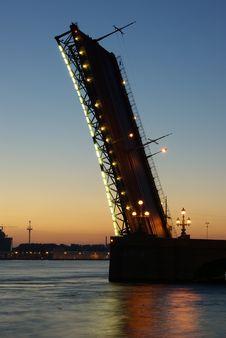 Free Leaf Bridge At Morning Stock Image - 17502961
