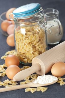 Free Pasta Royalty Free Stock Photo - 17503615