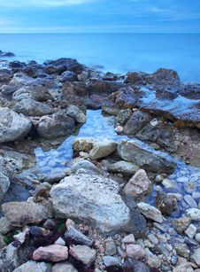 Free Stone And Reflections Royalty Free Stock Photography - 17505027
