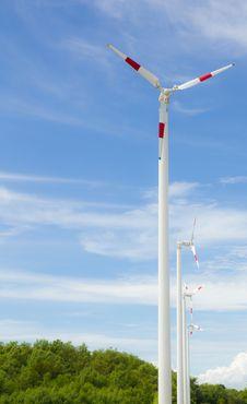 Free Wind Turbine Stock Photo - 17506740