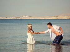 Free Couple On The Seaside Royalty Free Stock Image - 17512606