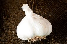 Free Garlic Bulb Royalty Free Stock Photo - 17512795