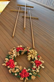 Three Crosses With Christmas Wreath Royalty Free Stock Photos