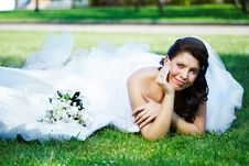 Free Happy Bride On The Grass Royalty Free Stock Images - 17513649