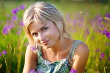 Free Girl Smiles On Meadow Royalty Free Stock Photos - 17523838