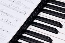 Free Piano Keys Royalty Free Stock Photo - 17525585